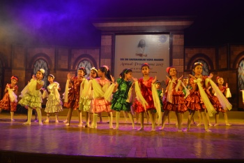 Students performance in Annual Prog j.JPG